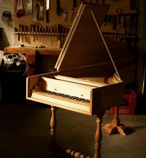 clavecin Salodiensis ouvert réalisé par Quentin Peyron facteur de clavecins